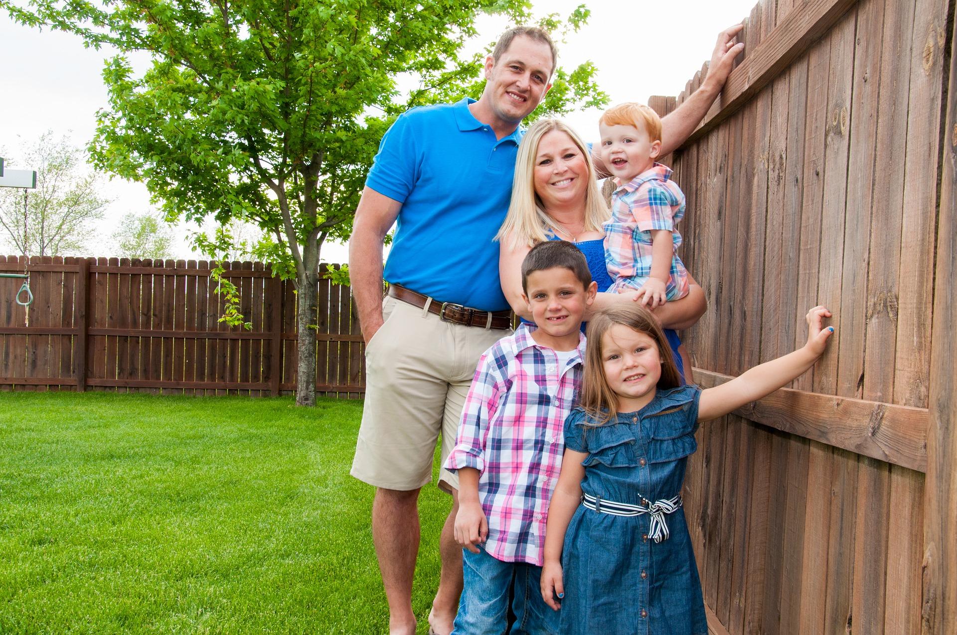 family-3283949_1920.jpg
