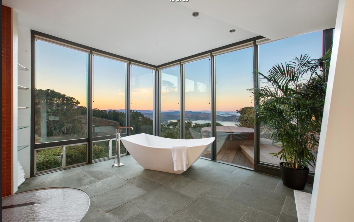glass bath.png