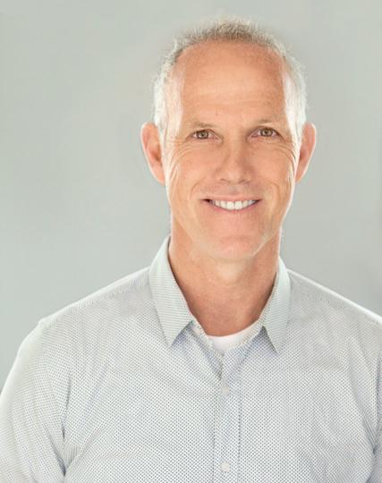 Brian Newsam  Directeur  514.386.3761  brian@newsam.ca