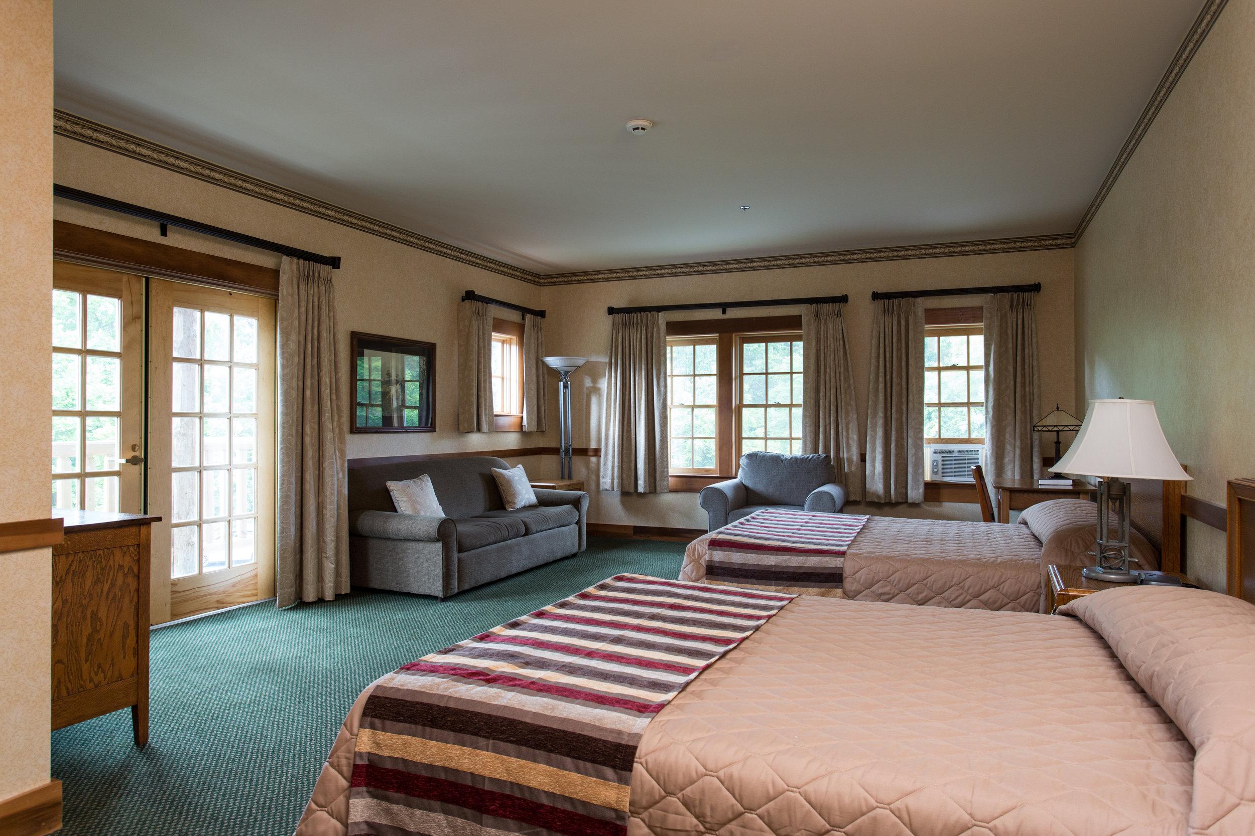 Hubler Lodge Guest Room 200.jpg
