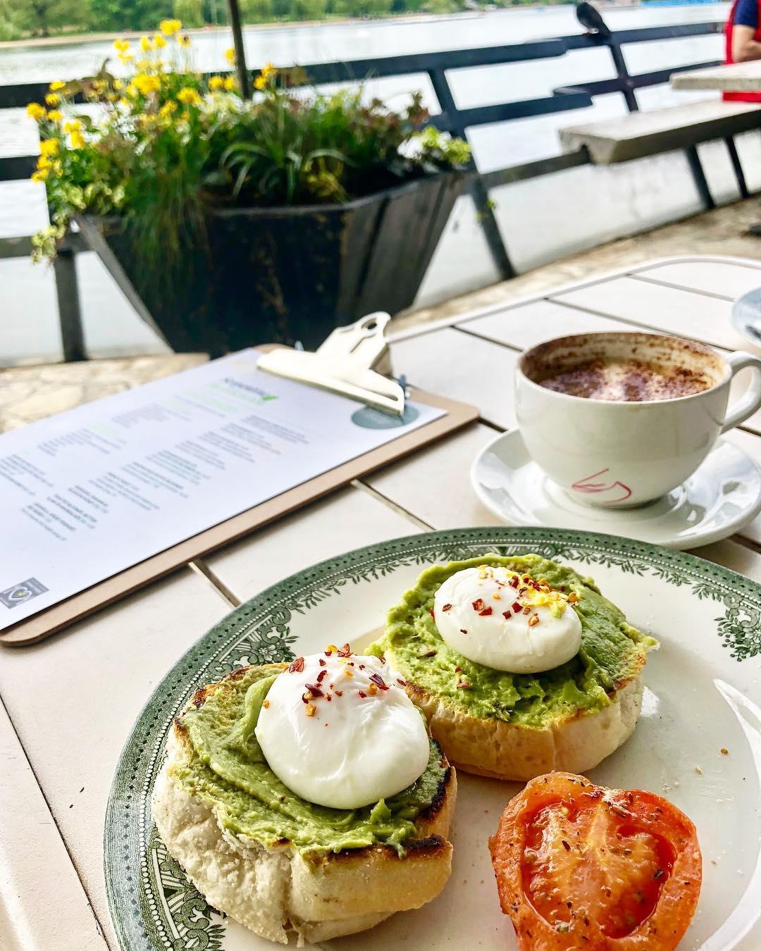 london serpentine breakfast.jpg