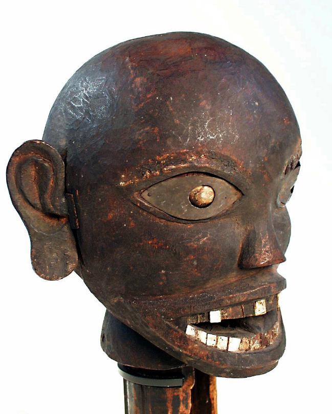 Carved Wooden Head © Rijksmuseum voor Volkenkunde Leiden | The Netherlands