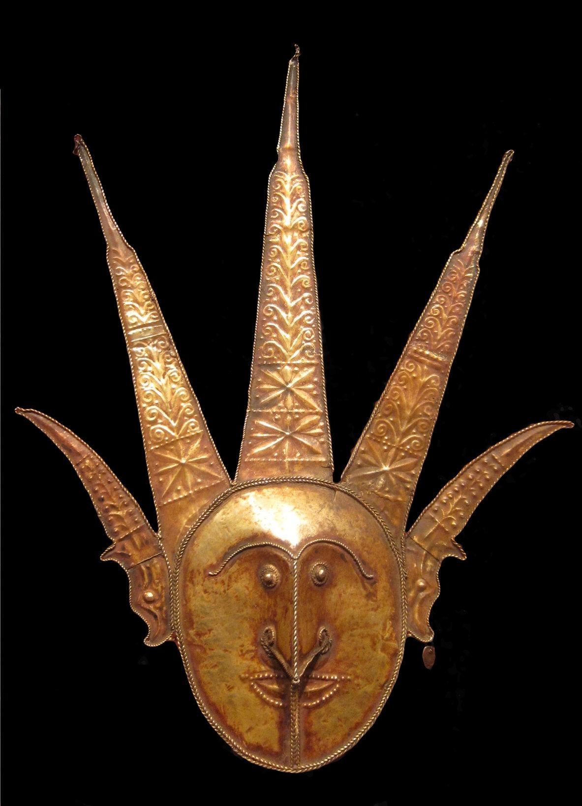 Gold Ornament © Honolulu Art Museum | Hawaii, USA