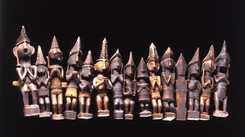 Row of Ancestor Figures |  Adu Nuwu  © Staatliche Museen zu Berlin | Germany