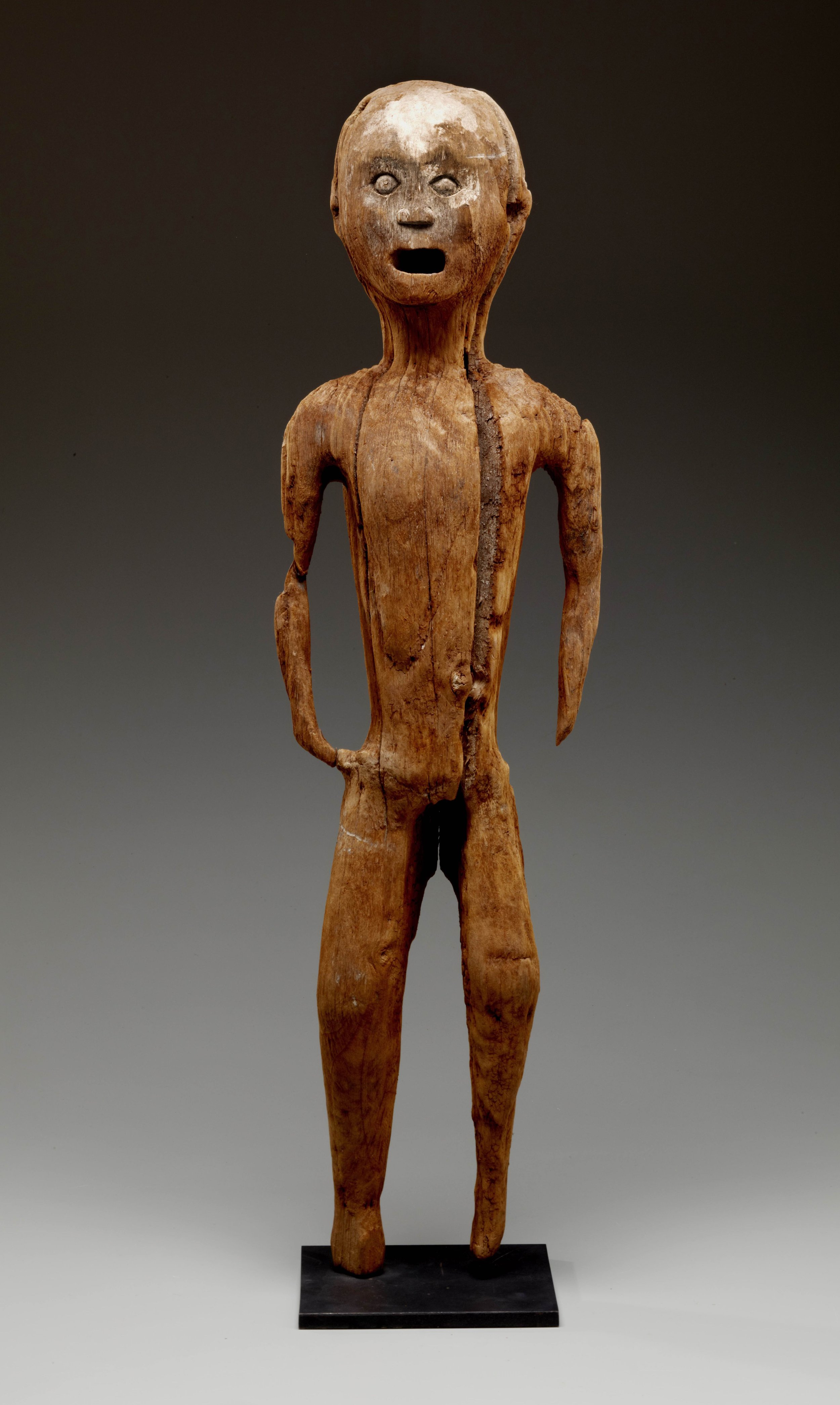 Funerary Figure |  Tau-Tau  © The Dallas Museum of Art | Texas, USA