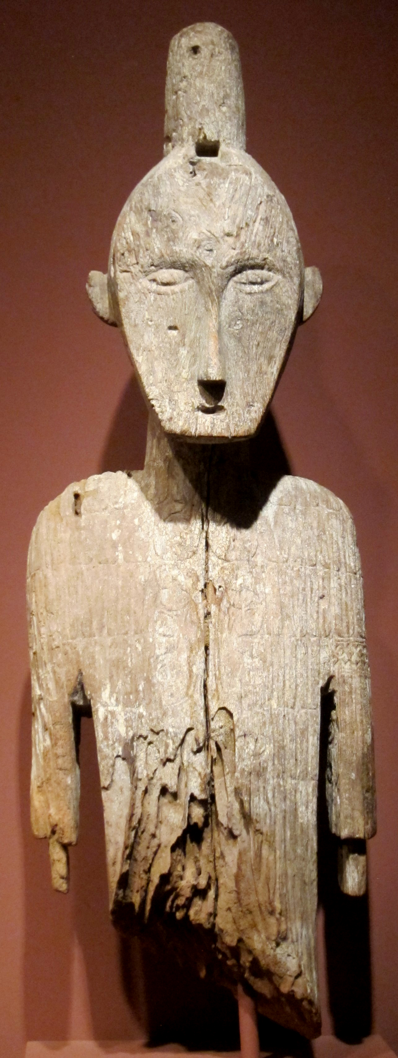 Funerary Figure |  Tau-Tau  © Honolulu Museum of Art | Hawaii, USA