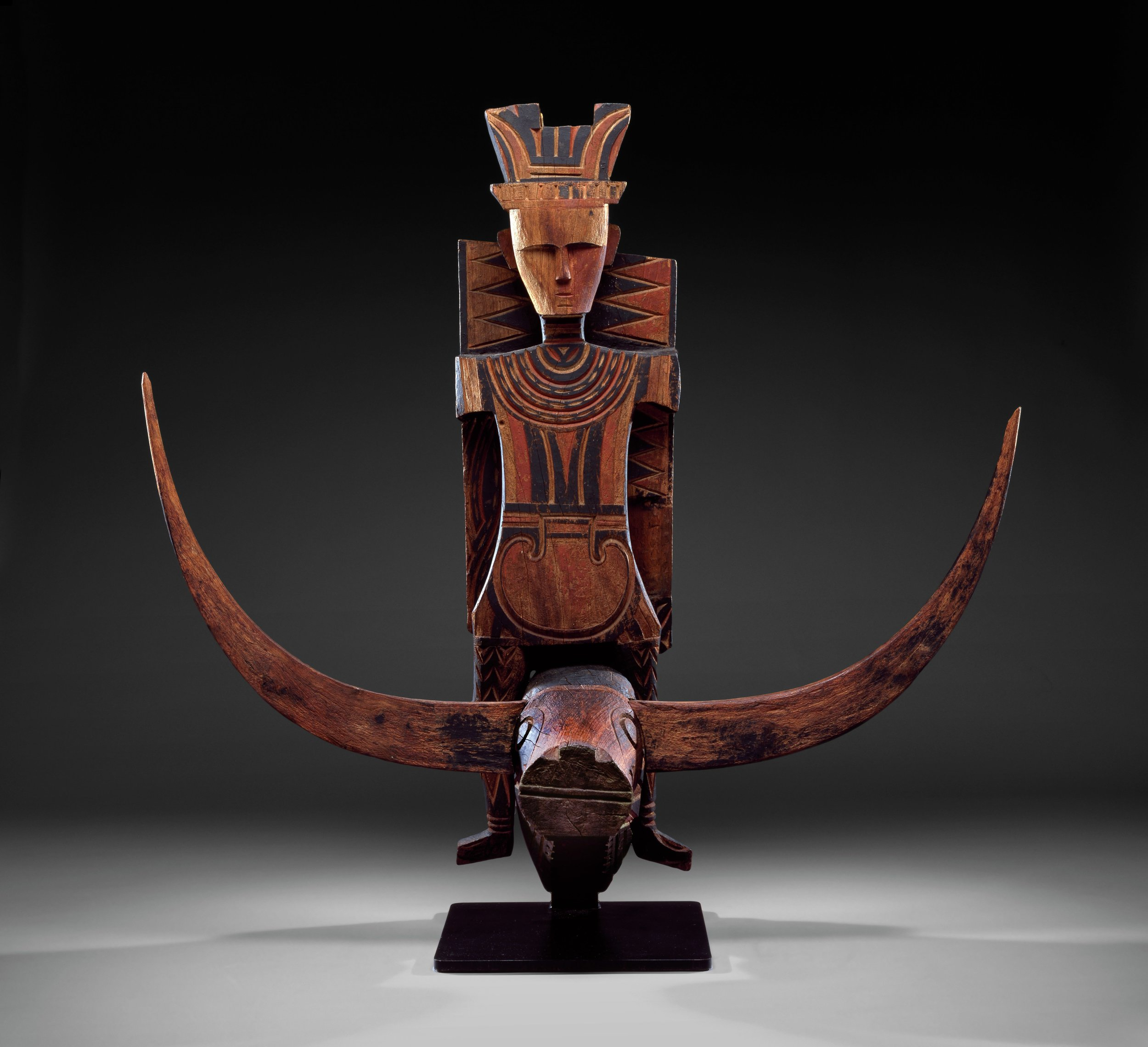 Vaunted Ancestor Figure from a Mamasa Aristocrat's House © The Dallas Museum of Art | Texas, USA