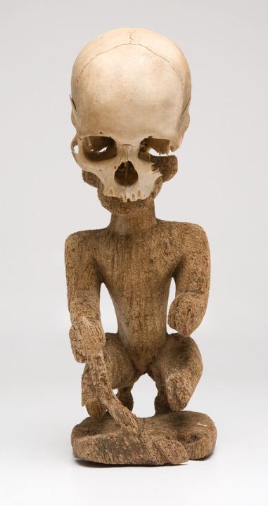 Ancestral Figure with Human Skull    Korwar    Geelvinck Bay Region  © Nationaal Museum van Wereldculturen   The Netherlands