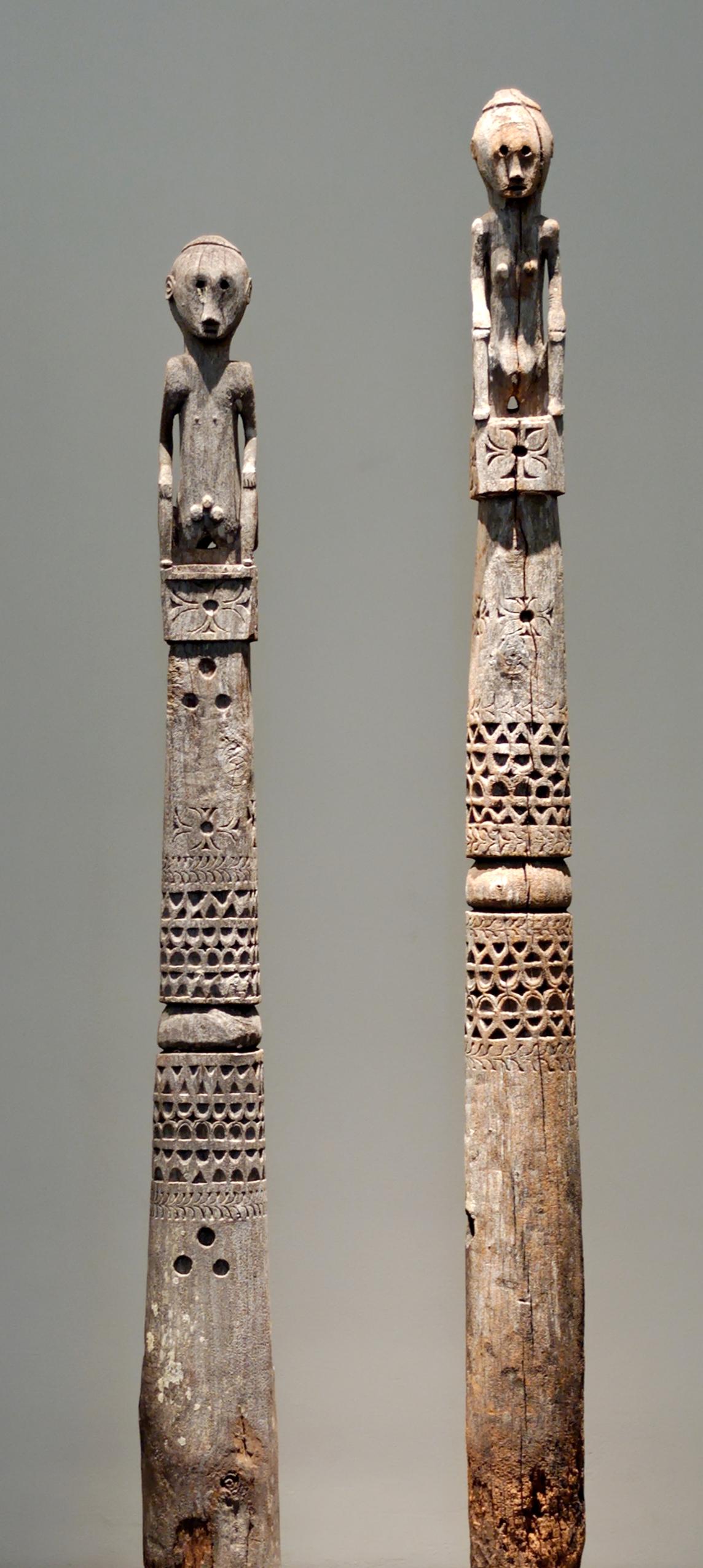 Pair of Ngada Ancestor Figure Posts |  Ana Deo  © Musée du Quai-Branly | France