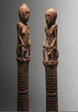 Pair of Ancestor Figure Posts |  Ana Deo  © Musée Barbier-Mueller | Switzerland