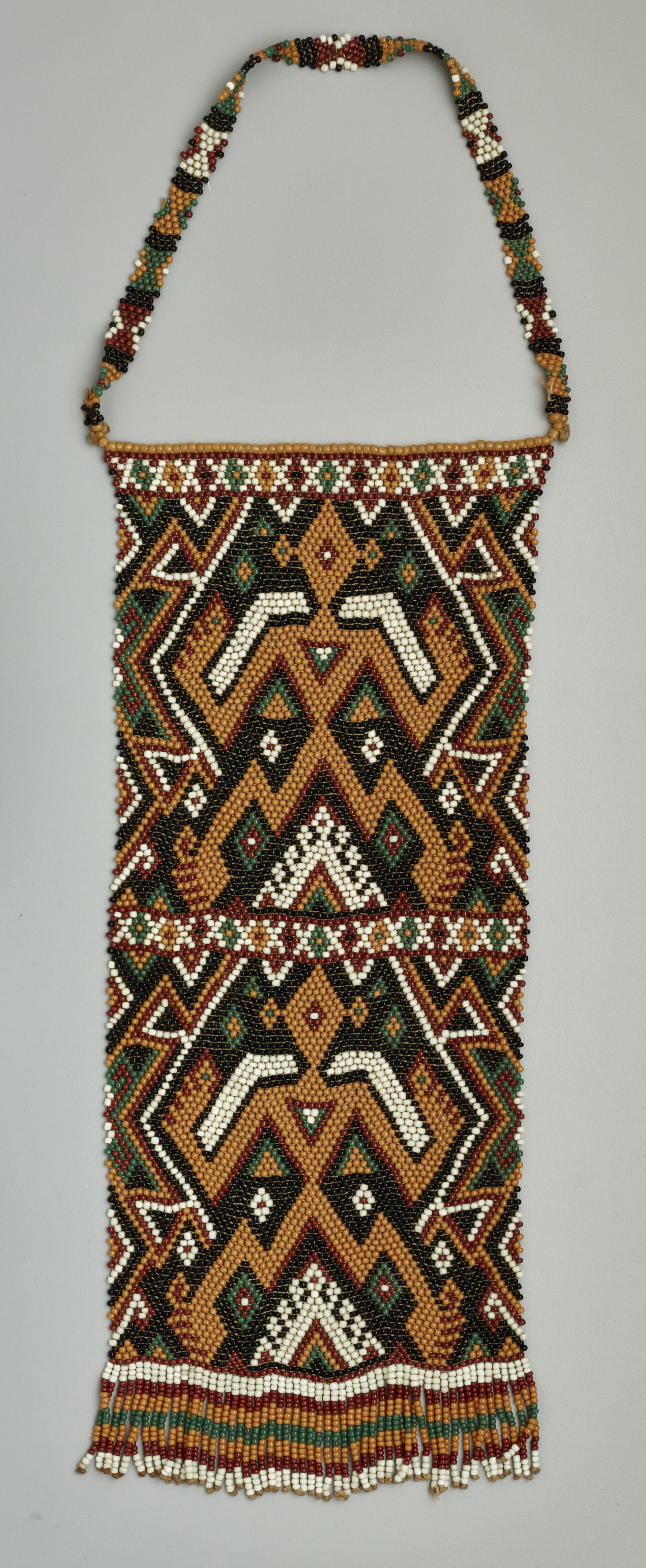 Beaded Frontlet © The Dallas Museum of Art | Texas, USA
