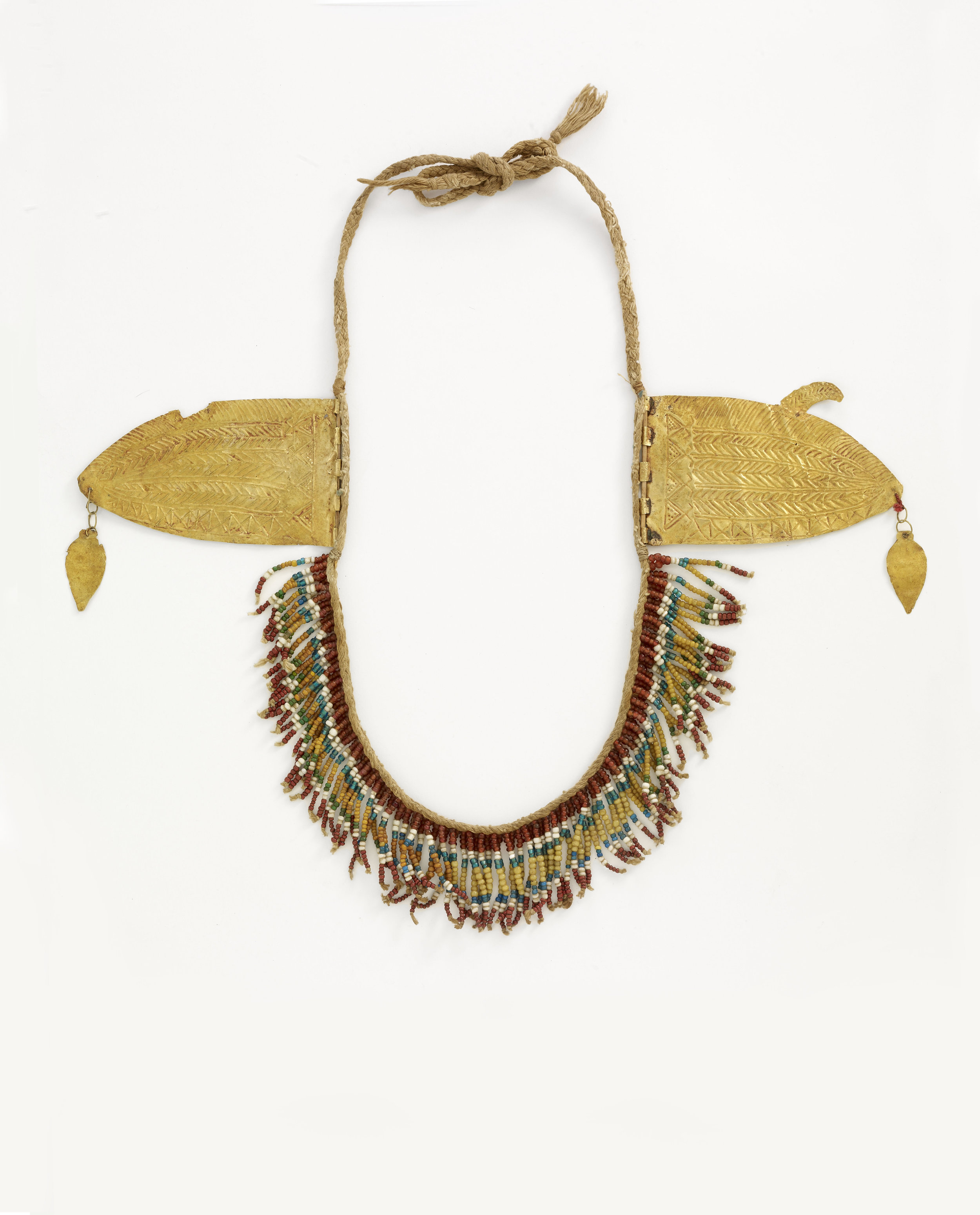 Chin Ornament of Gold and Trade Beads © Musée du Quai-Branly | France