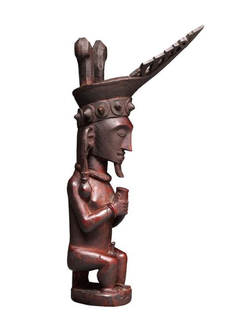 Seated Male Ancestor Figure |  Adu Sihara Salawa  © The Dallas Museum of Art | Texas, USA