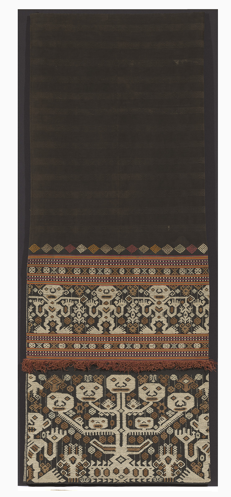 Woman's Ceremonial Sarong |  Lau Pahudu  © National Gallery of Australia