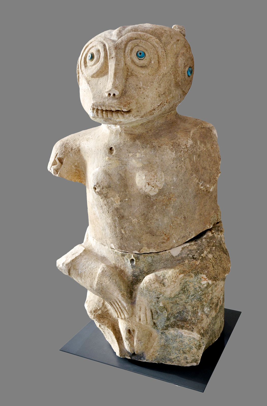 Funerary Statue © Museum der Kulturen Basel   Switzerland