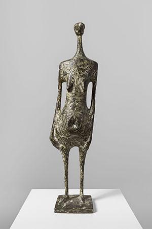 Kenneth Armitage Standing figure 1954 Bronze, 50×15×9 cm Lisbon, Museu Colleção Berardo