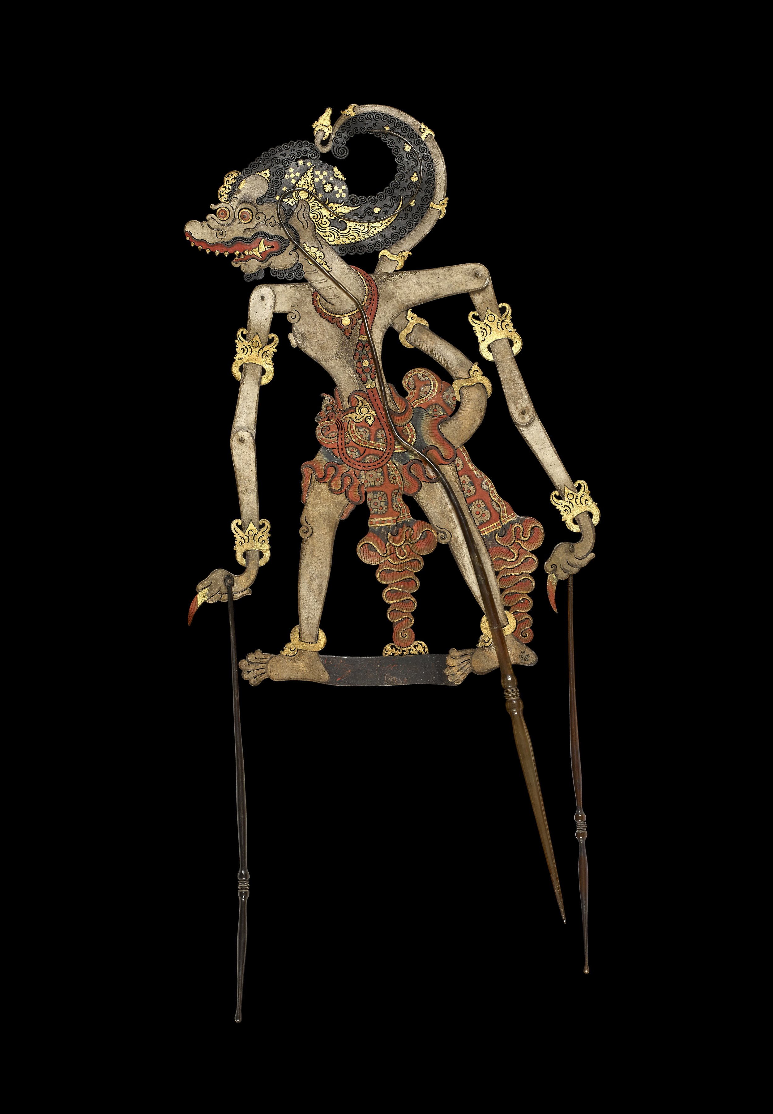 A white monkey, probably Hanuman, identified as Monyet Fugganga Central Java, Late 1700s—early 1800s Hide, horn, pigment, and gold leaf, 74.5 x 21 cm Donated by Rev. William Charles Raffles Flint, executor of Lady Raffles' estate Image Courtesy of British Museum