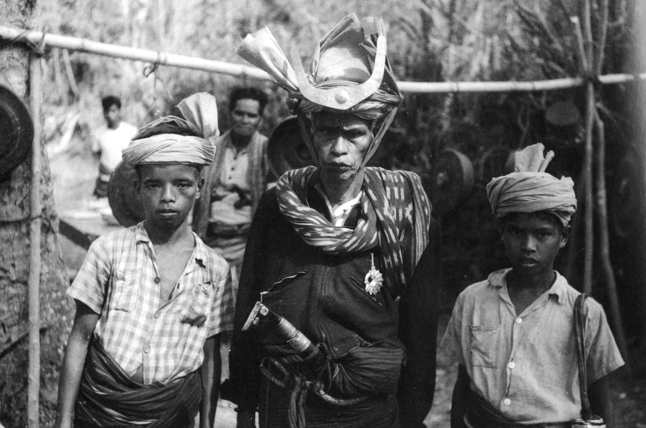 Amawau and sons, Bogor Kahale, Lamboya, West Sumba, c. 1960