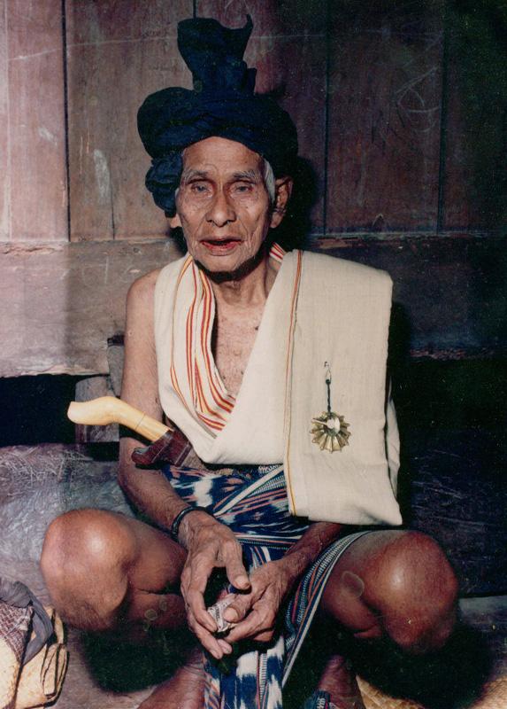 Amawau, Bogar Kahale, Lamboya, West Sumba, c. 1989. © Stuart Rome
