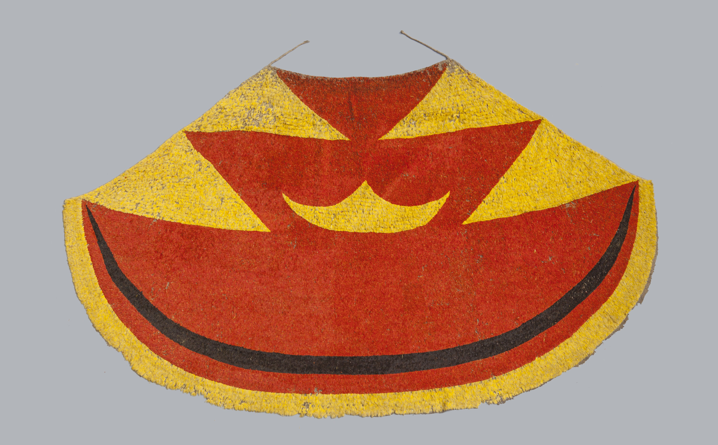 Ahu ula (feather cloak) belonging to Liholoho, Kamehameha II, Early 19th century. Feathers, fibre, painted barkcloth (on reverse). 207 cm Museum of Archaeology and Anthropology, University of Cambridge (PHOTO: Royal Academy of Arts & University of Cambridge)