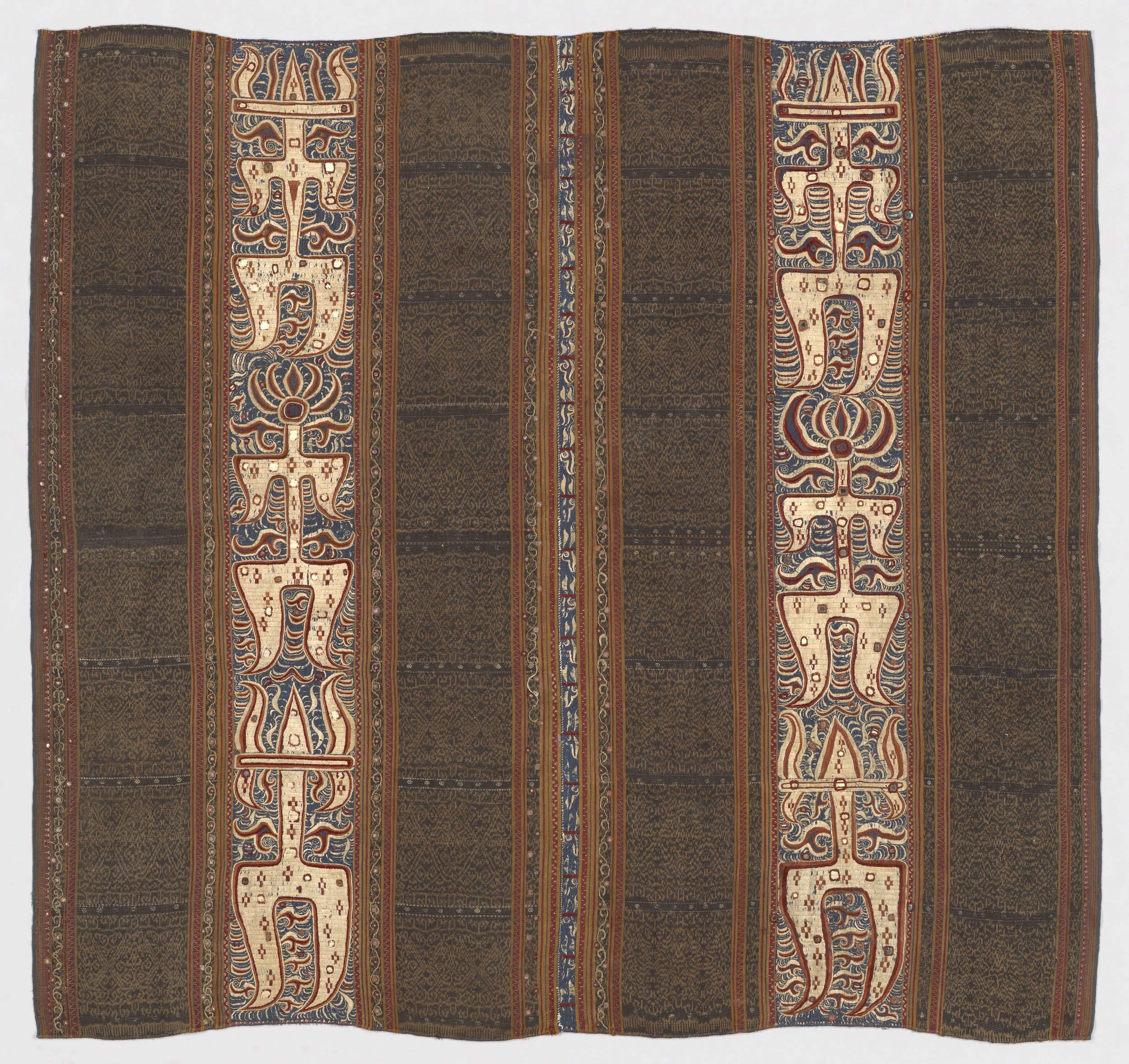 Woman's Ceremonial Skirt   Tapis © Yale University Art Gallery