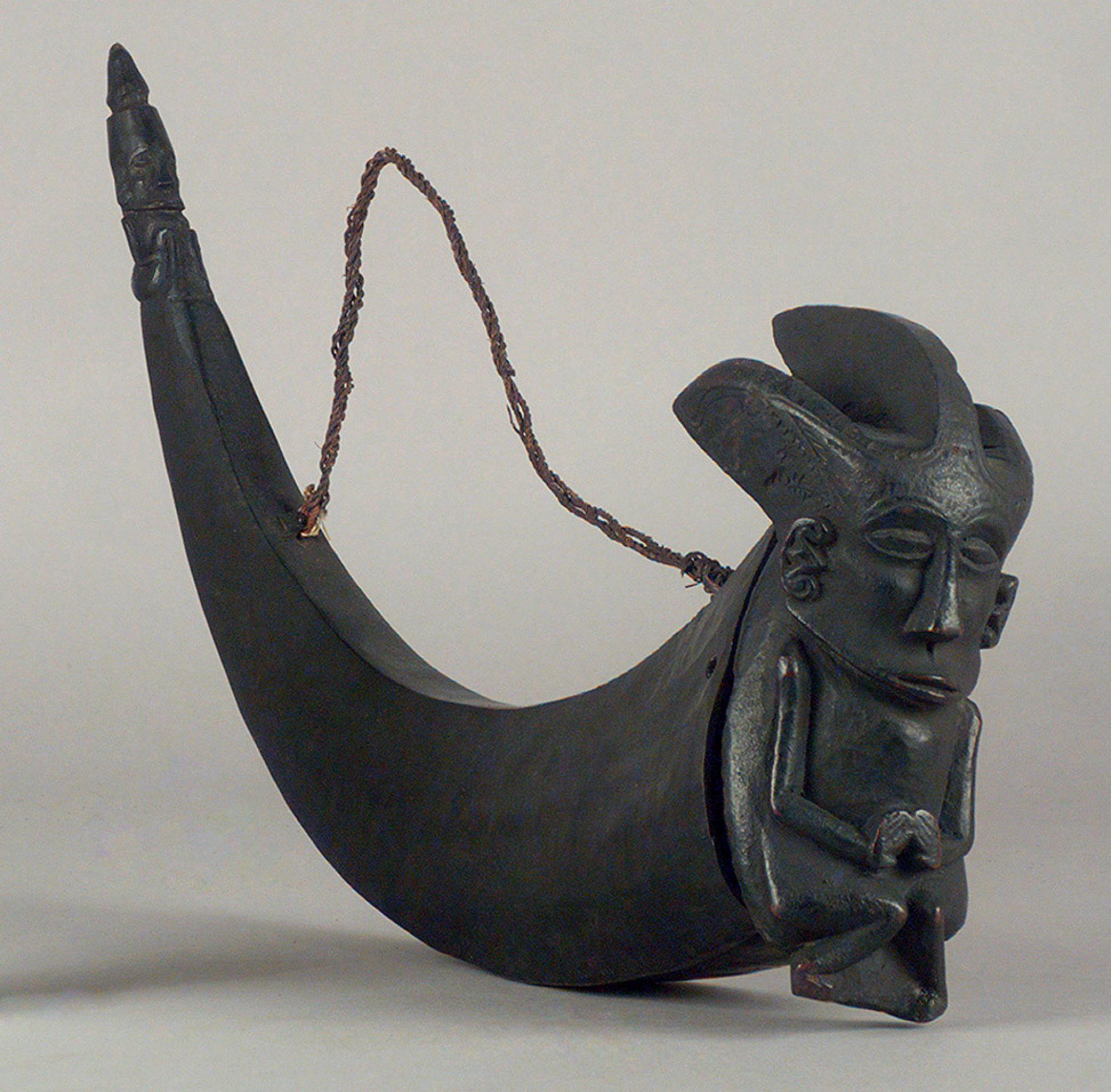 Batak Medicine Horn |  Naga Marsarang  | 19th Century © KHM-Museumsverband