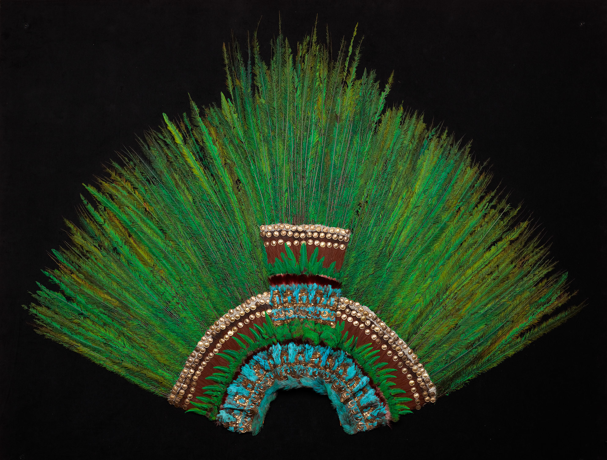 Aztec Feather Headdress | Early 16th Century © KHM-Museumsverband