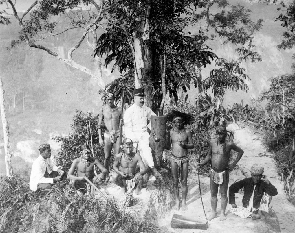 Mentawai Headmen with European Guest   1892-1922 © Nationaal Museum van Wereldculturen   The Netherlands