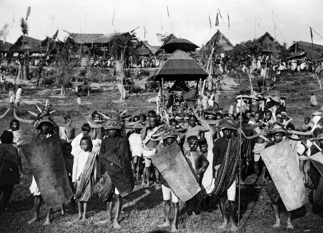 Toraja Funerary Ceremony   Sulawesi  © Nationaal Museum van Wereldculturen   The Netherlands