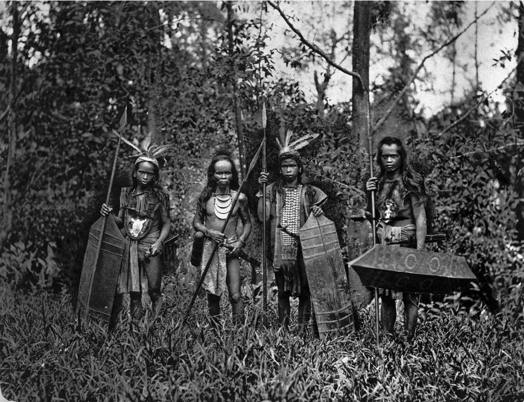 Dayaks in War Apparel, Borneo | Circa 1885 © Woodbury & Page | Nationaal Museum van Wereldculturen | The Netherlands