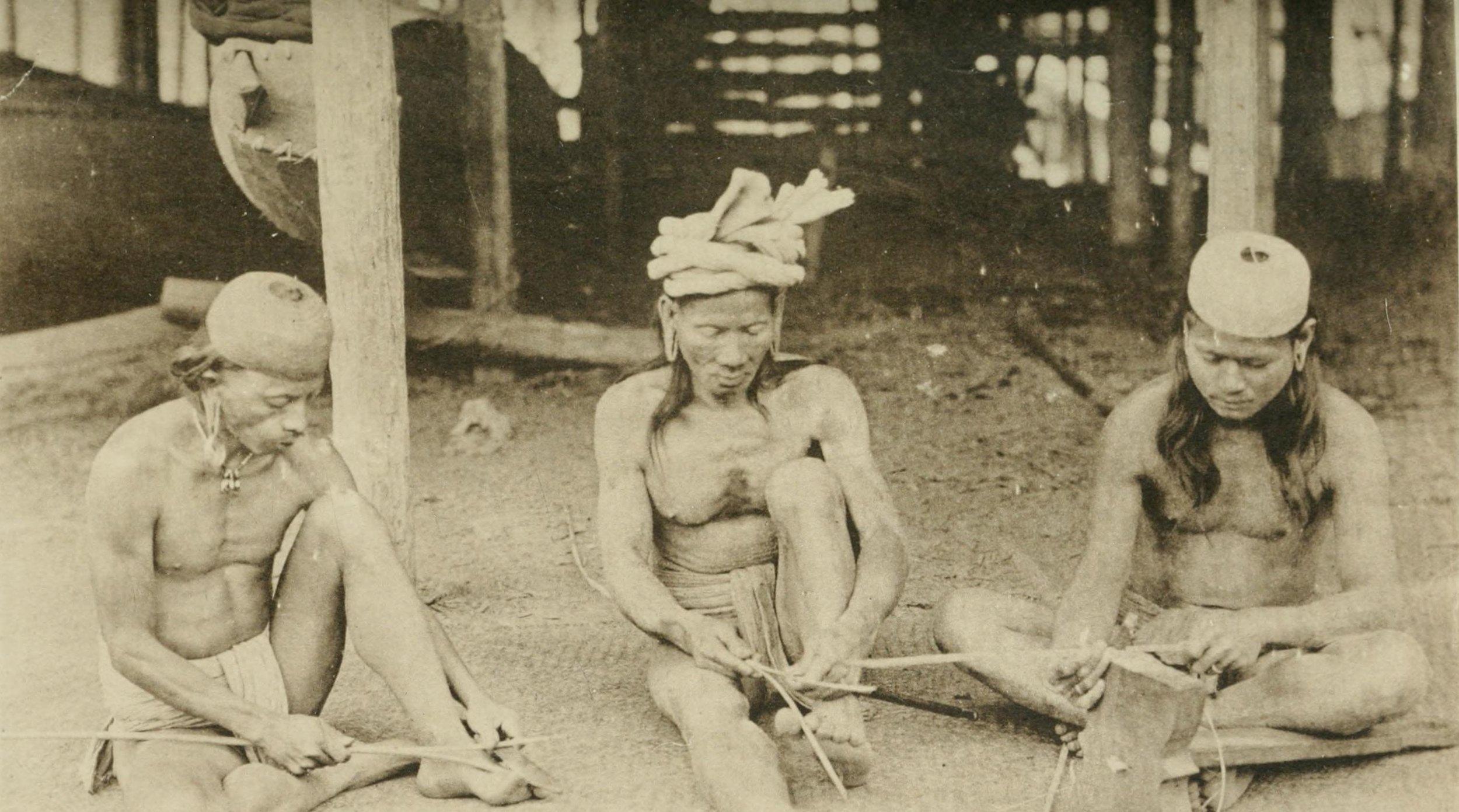 Kayan Men Spliting Rattan for Mat Making | 1912 © Charles Hose