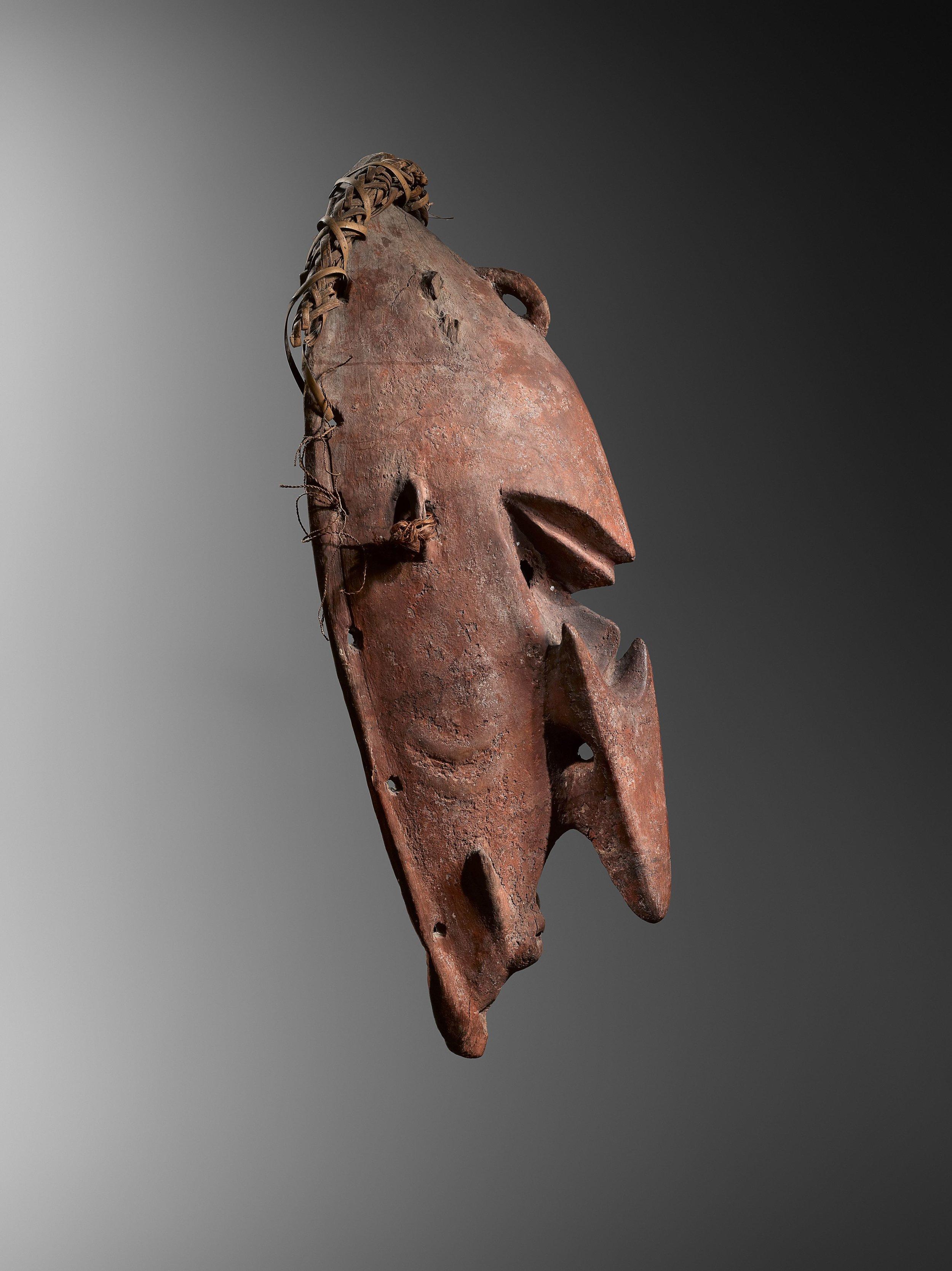 Mask. Probably Watam or Coastal Sepik. Wood, fibre and pigments. 55 cm. J. Poitou, Côte d'Azur, France. © Hugues Dubois, Brussels/Paris