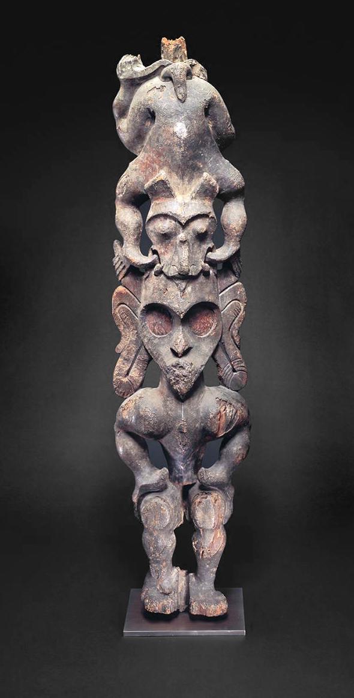 Bahau  Figure © The Fowler Museum at UCLA   California, USA