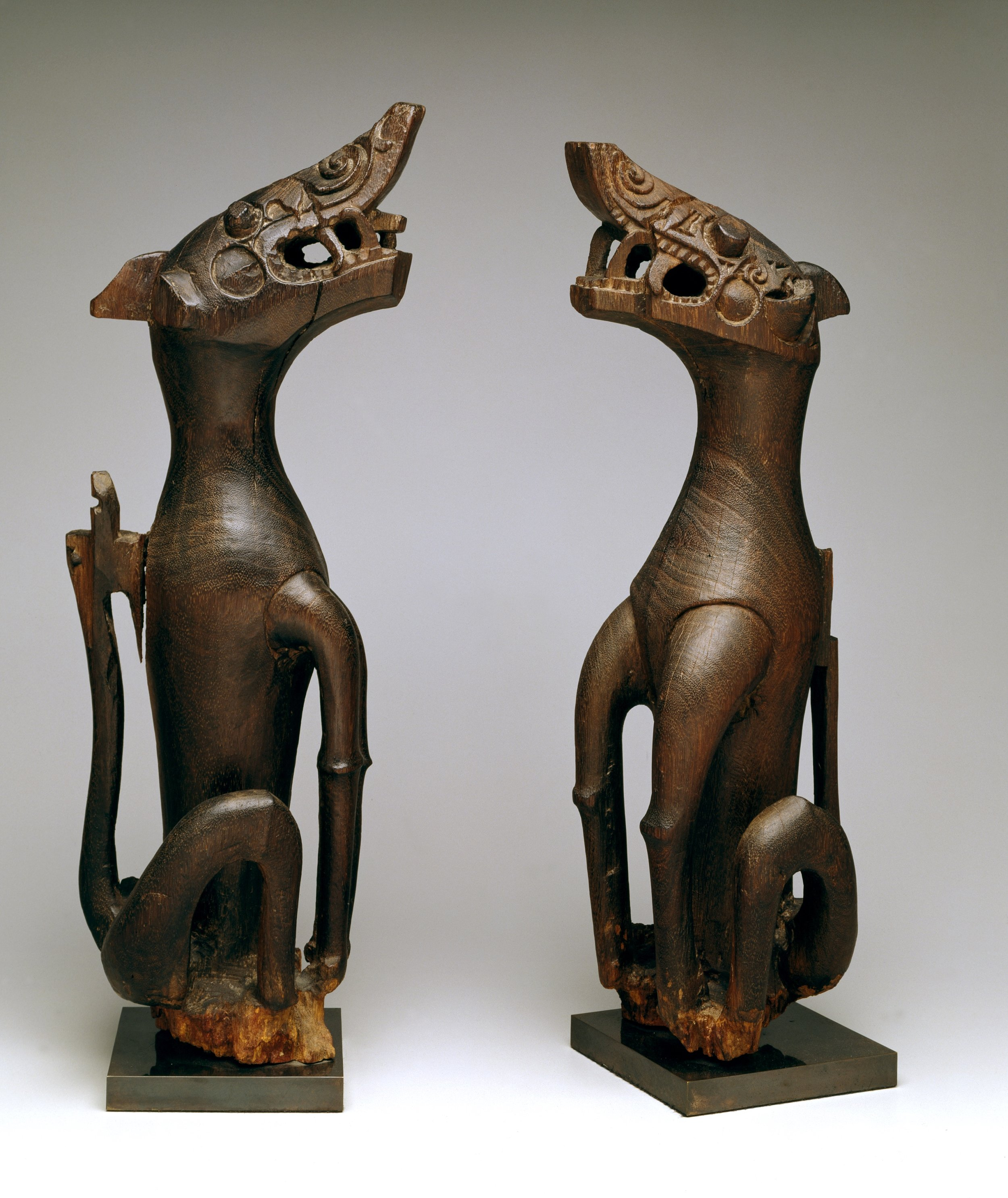 Pair of Mythical Animal Table Legs |  Aso  © The Dallas Museum of Art | Texas, USA