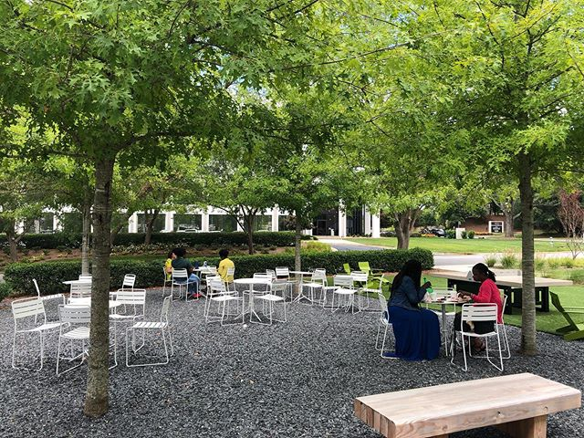 Employees enjoying a beautiful Friday afternoon lunch at our outdoor #Gather space 🌳🍃