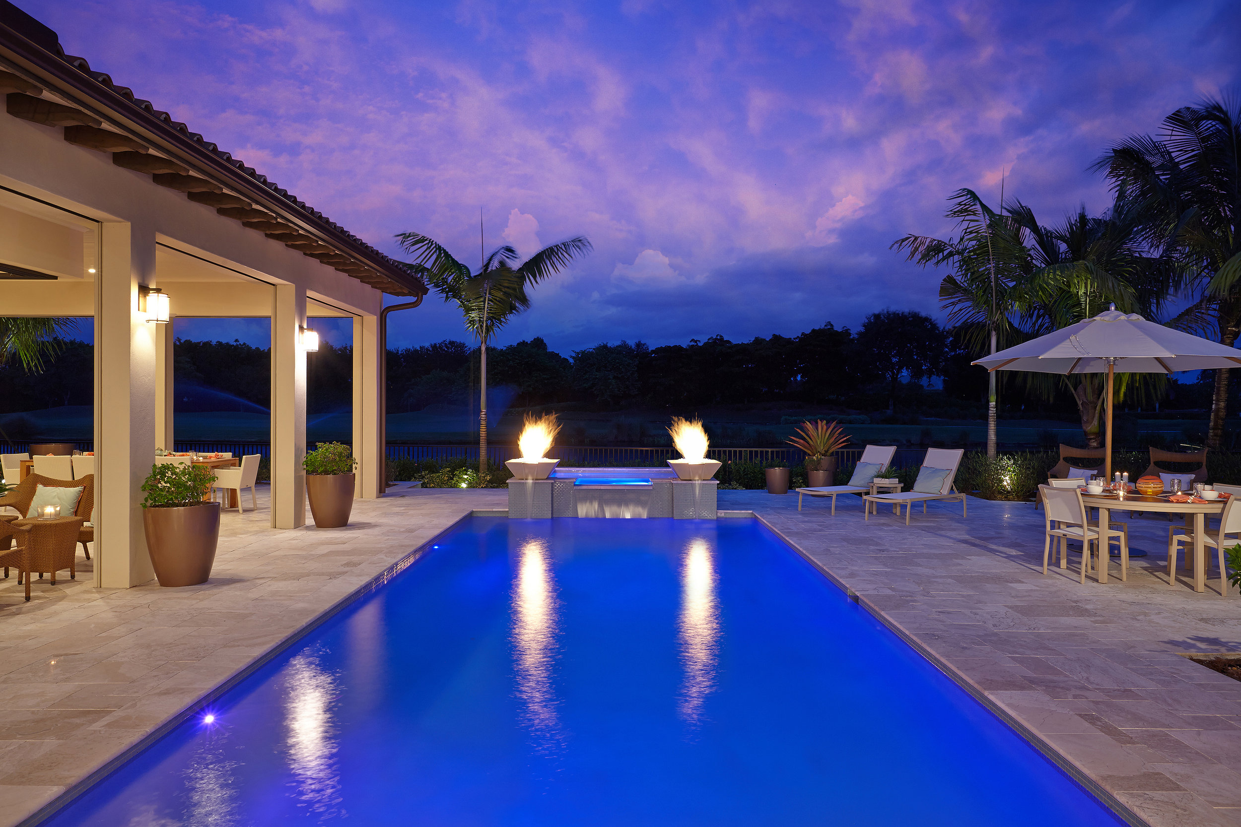 TROPICAL_RETREAT_EXTERIOR_POOL.jpg