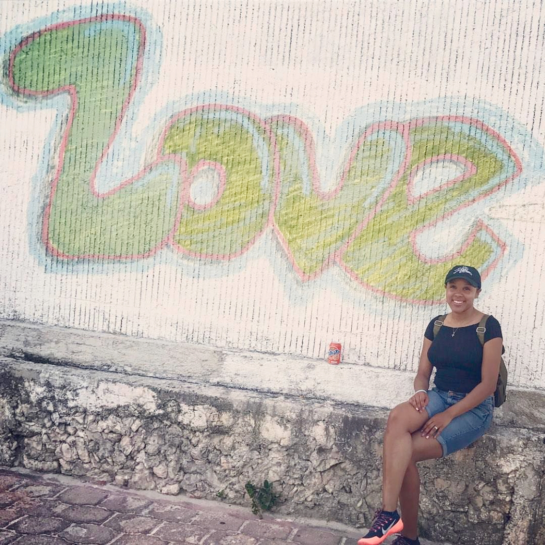 By day 3 I was totally SUNBURNED. Around in the town of Isla Mujeres is very cultured and I enjoyed seeing artwork, graffiti, and many more Mexican aspects of the island.