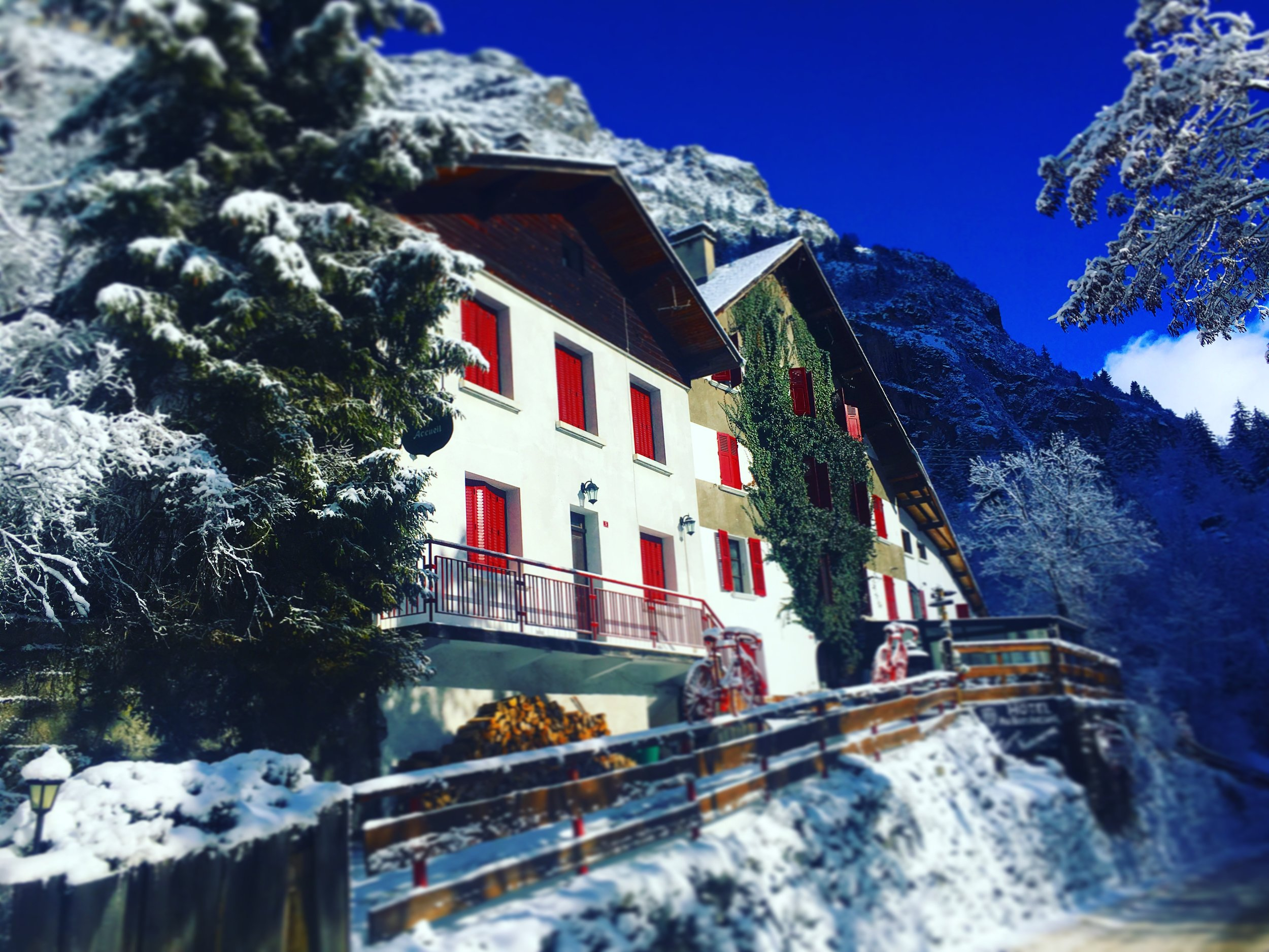 Hotel Au Bon Accueil   Hét hotel in de Franse Alpen    BEKIJK NU ONZE BESCHIKBAARHEID