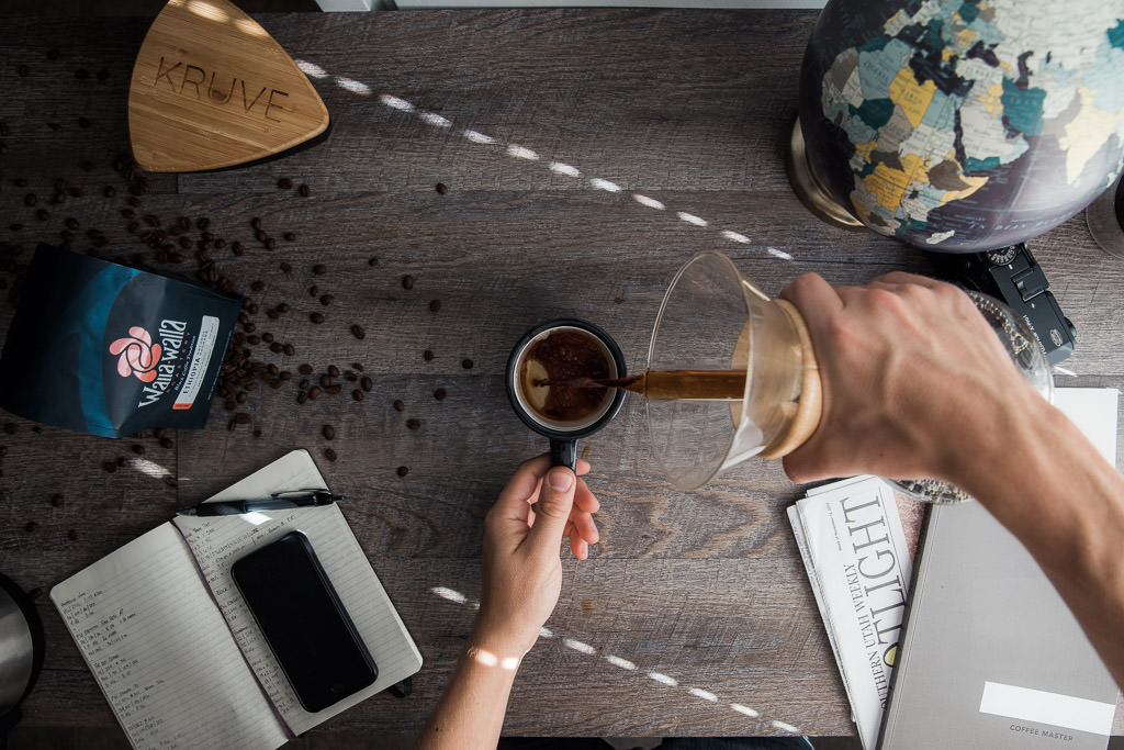 Serving sifted Chemex coffee