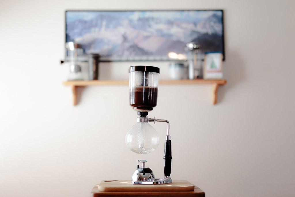 HandsomeWade-Siphon-Coffee-Brewer-17.jpg