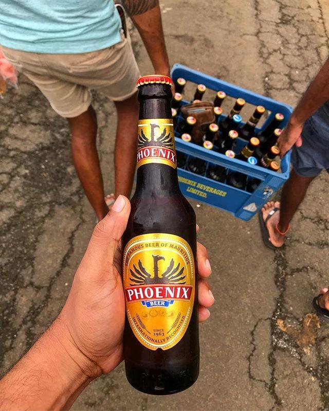 Drink good beer. . Thanks for the photo @matteo_capello . . . . .  #monday #mondays #mondaymotivation #mondaymood #mondaymorning #motivaton  #beer #phoenixbeeraus #phoenixbeer #phoenixmauritius #mauritius #perthisok #perthlife #perthtodo #perth #pertheats #dreambig #livebig #beers #beerporn #beerstagram #beergeek #brews #perthfood #australia #sydney #melbourne #adelaide #brisbane
