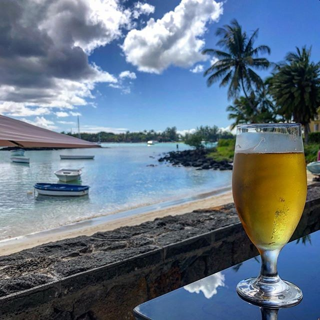 Just a lazy Wednesday afternoon in paradise! . Thanks for the photo  @simplymervalous . . . . . .  #humpday #happyhumpday #beer #phoenixbeeraus #phoenixbeer #phoenixmauritius #mauritius #perthisok #perthlife #perthtodo #perth #pertheats #dreambig #livebig #beers #beerporn #beerstagram #beergeek #brews #perthfood #australia #sydney #melbourne #adelaide #brisbane
