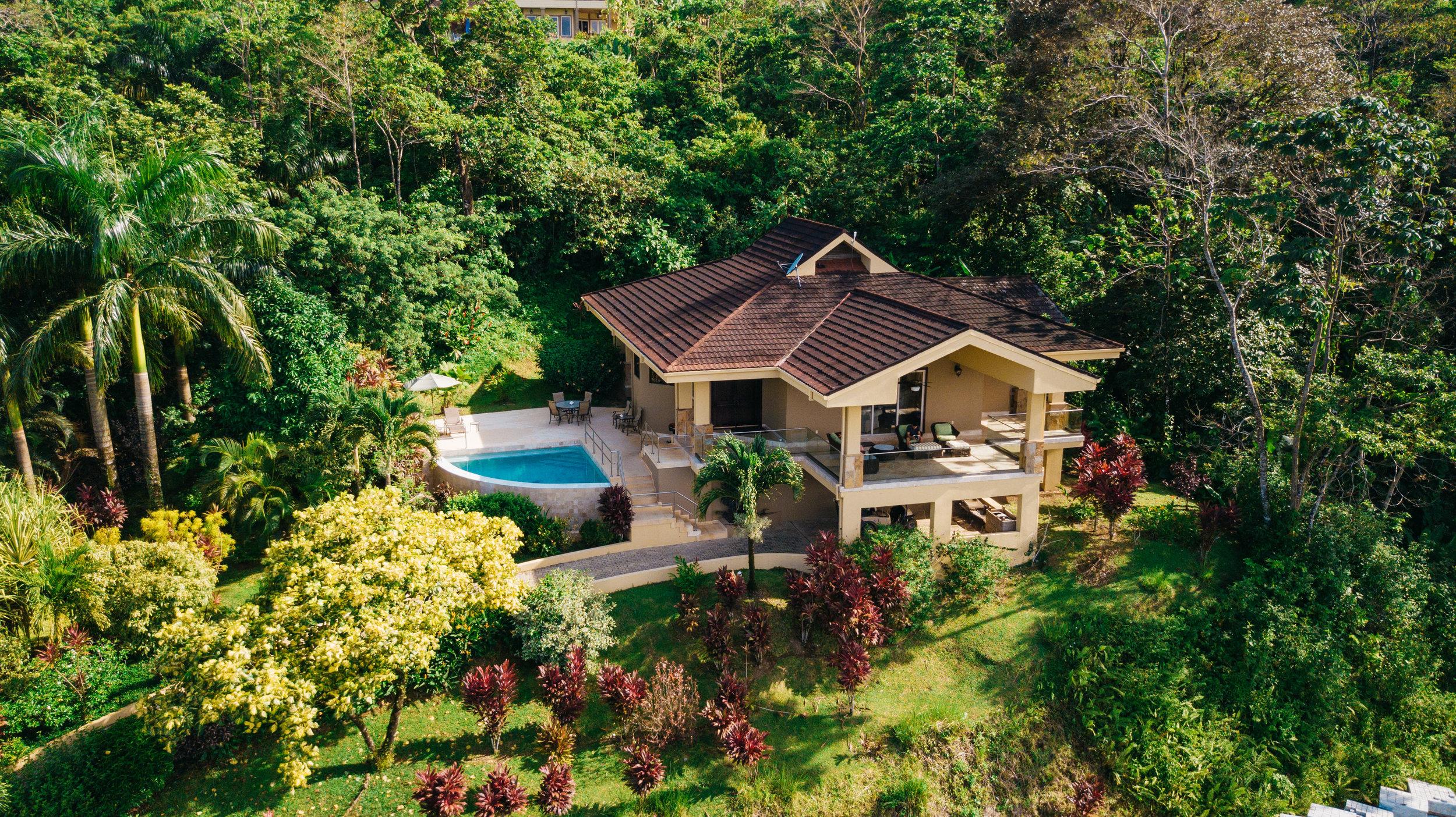 Villa_28_Drone_DuarteDellarole-1.jpg