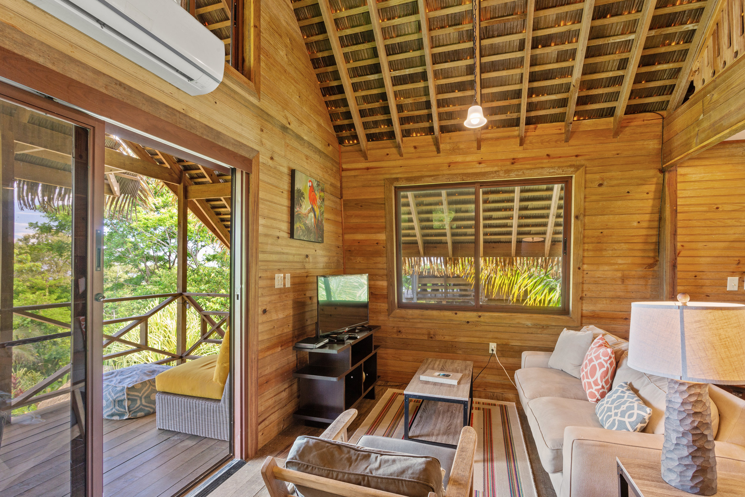 Jungle_Lodge_5_DuarteDellarole3.JPG