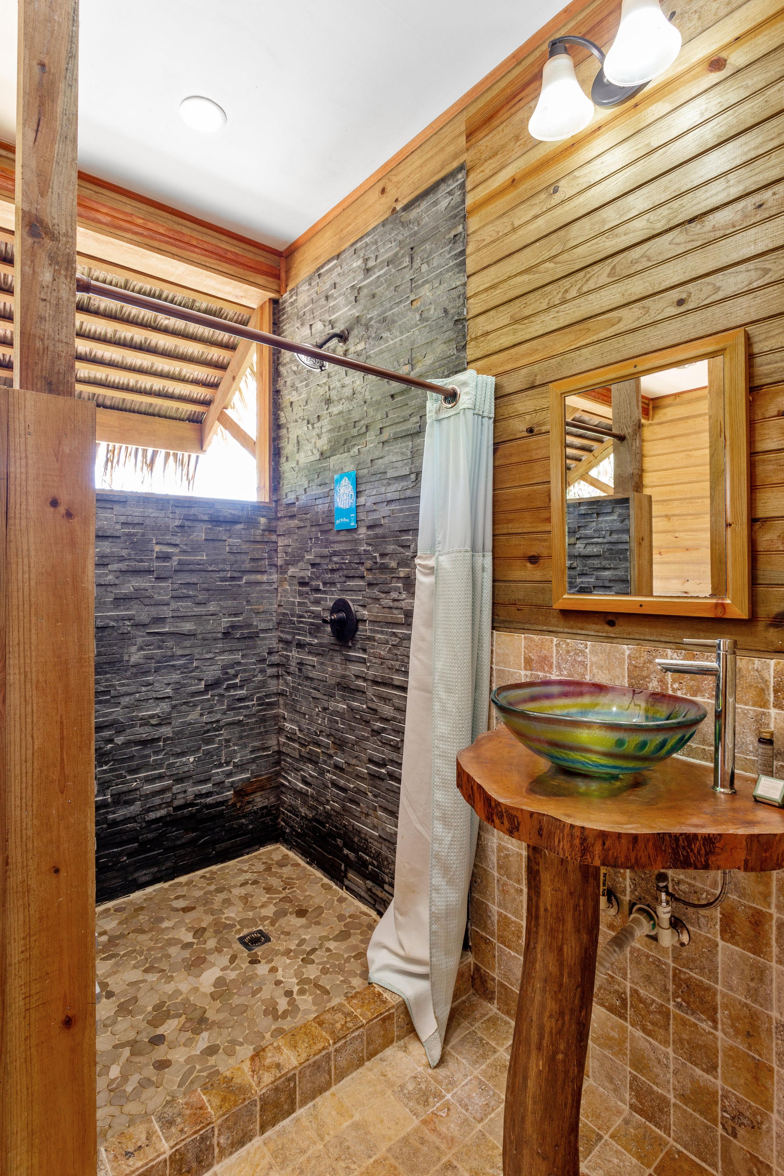 Jungle_Lodge_5_DuarteDellarole17.JPG
