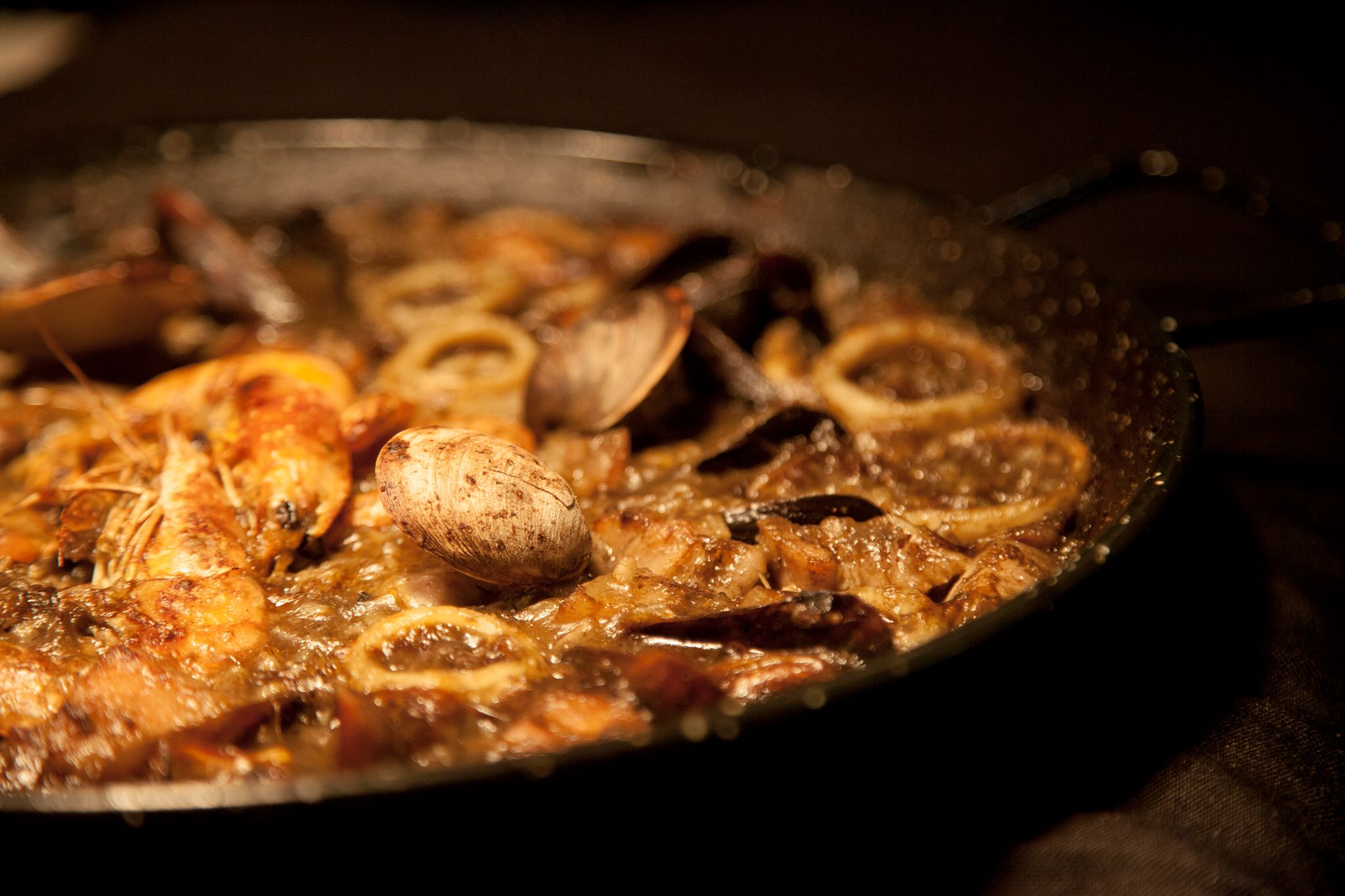 Give me an oven and I'll give you the crispiest Paella!!