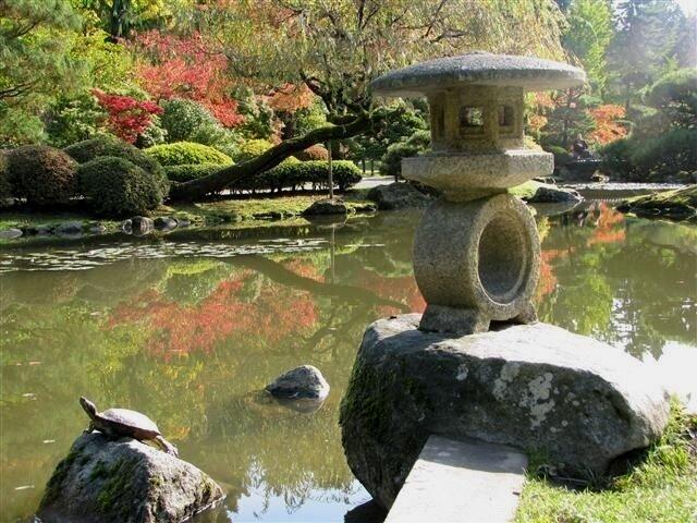 stone+lantern.jpg