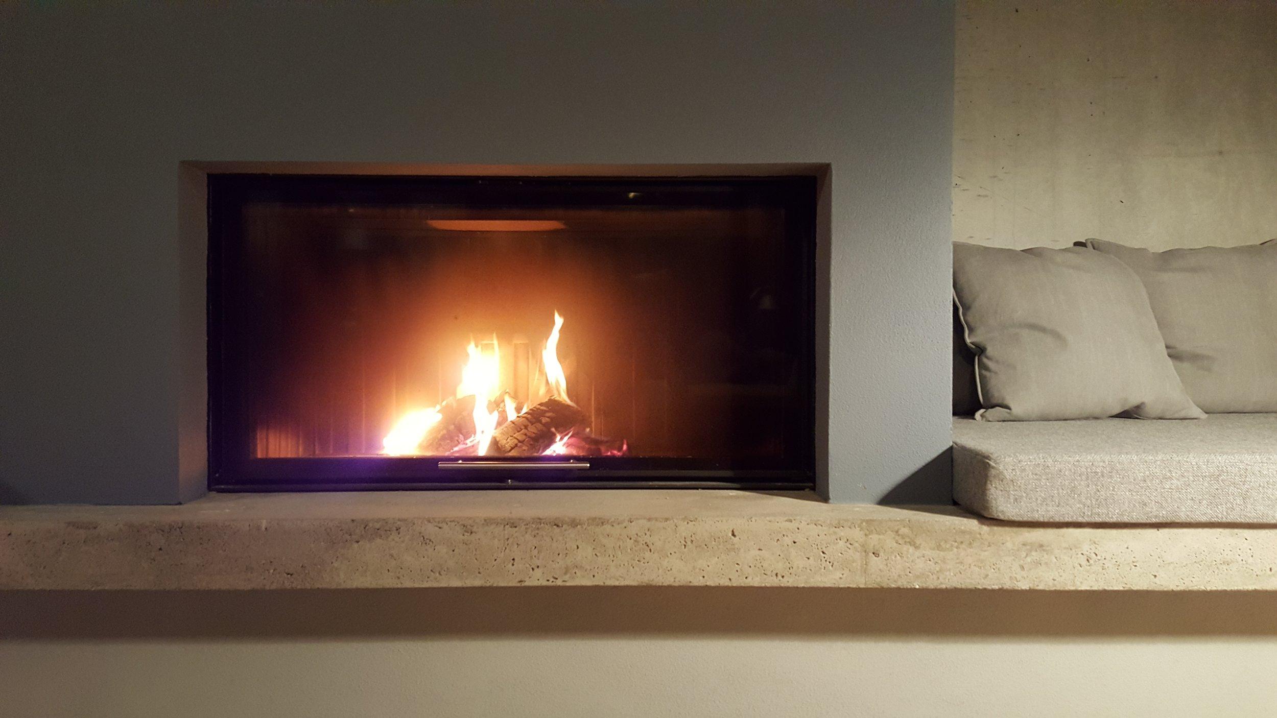 13 Living fireplace.jpg