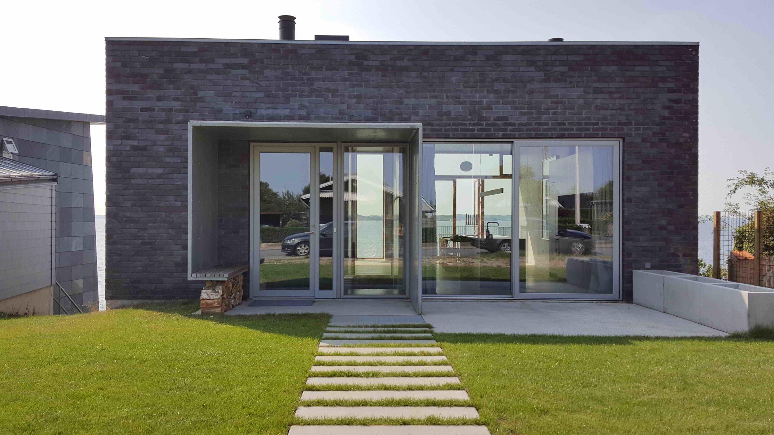 1 Facade_Front House copy.jpg