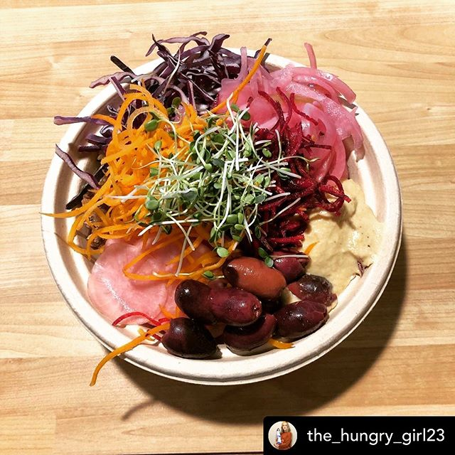 Posted @withrepost • @the_hungry_girl23 Shop local, Eat local 👩🏼‍🌾🍴 📍Fresh Forage is where it's at • • • • #fresh #localbusiness #localeats #eatlocal #farmtotable #foodporn #foodsofinstagram #michigan #annarboreats #destinationannarbor  #health #wellness